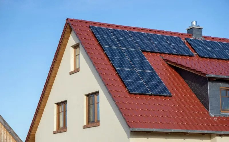 How to Make Sure Your Roof is Ready for Solar Panels